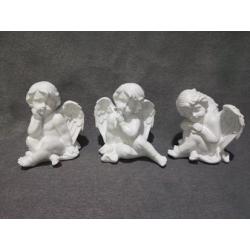 ANGEL - Ange assis Résine Blanc 3 Ass. L13 x P12 x H14,5 cm par 3
